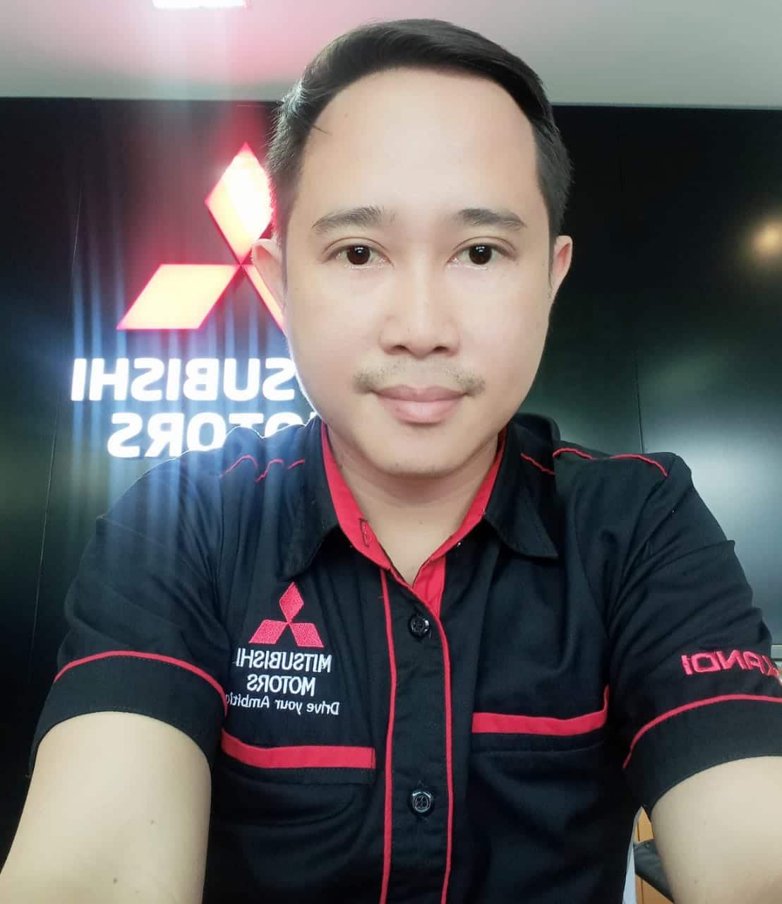 Cara Pemilik Mobil Mitsubishi Surabaya menerjang Banjir part 2